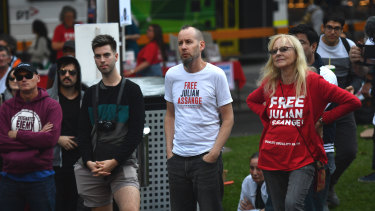 Somserset Bean (centre) says he visited Assange in the Ecuadorian embassy on several occasions.