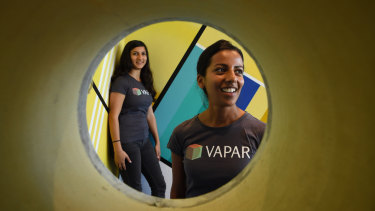 Michelle Aguilar and Amanda Siqueira  from VAPAR.