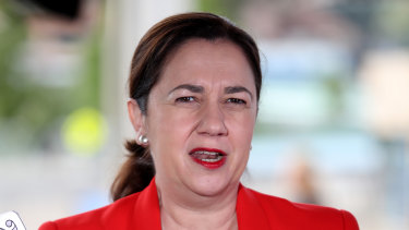 Premier Annastacia Palaszczuk has thrown down the gauntlet as part of the traditional premiers' State of Origin bet.