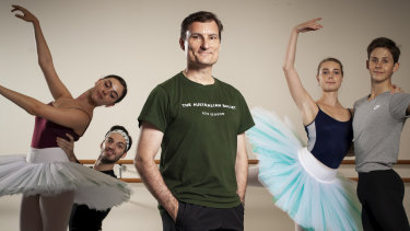 David McAllister with artists of the Australian Ballet in January this year.
