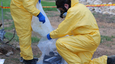 Police dismantle a large-scale clandestine laboratory in Sydney's south-west.