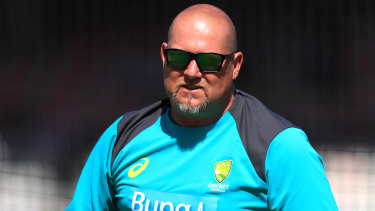 David Saker, Australia's bowling coach at the time of the ball tampering scandal, has urged Cricket Australia to release its sandpaper investigation.