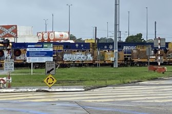 Pacific National has bought the Acacia Ridge rail freight facility.