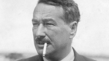 In 1934 Egon Kisch, journalist and communist, in defiance of the migration authorities, jumped six metres from his ship onto Station Pier at Port Melbourne, breaking his leg. He later failed the dictation test.