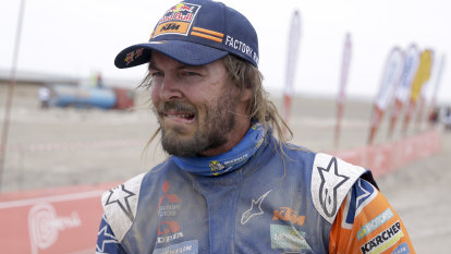 Toby Price crashes out of Dakar Rally