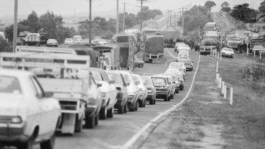 Vehicles held up in Kalkallo by the truck blockade.