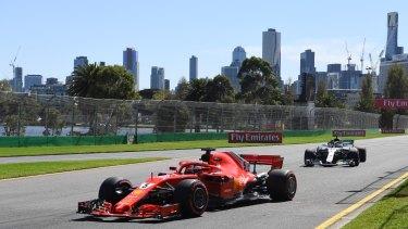 The grand prix will go ahead in Melbourne despite the coronavirus.