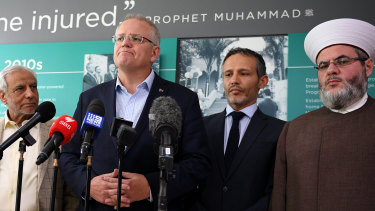 Scott Morrison and leaders from the Australian Muslim community.