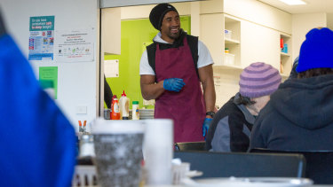 Raiders spiritual leader Sia Soliola is giving heart to the homeless.