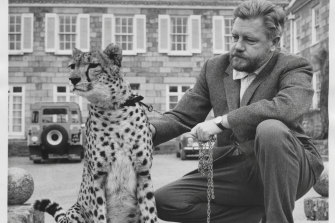 Gerald Durrell with a cheetah named Paula in 1967.