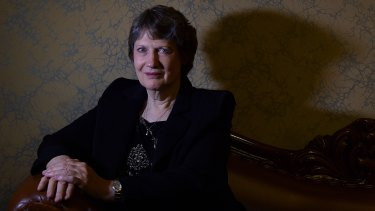Former New Zealand prime minister Helen Clark will lead the independent investigation into the coronavirus.