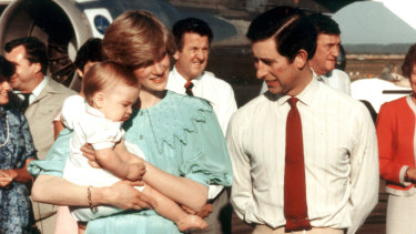 Princess Diana, Prince Charles and Prince William arrive in Alice Springs