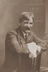 Henry Lawson relied on friends and a Commonwealth grant to sustain him towards the end of his life.