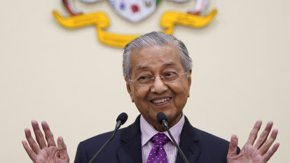 Malaysia's Mahathir says he has support to return as PM