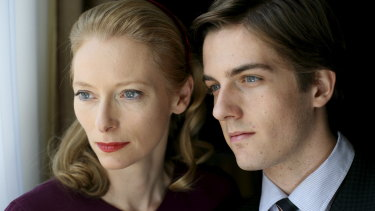 Tilda Swinton as Emma Rechi and Mattia Zaccaro as her son Gianluca in I Am Love.