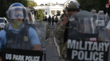 A surge in US military police in Washington has intensified demands for statehood.