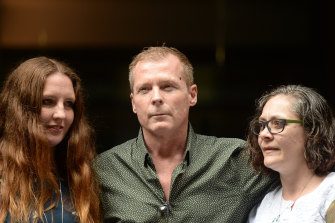Mr Weeks with his sisters Alyssa Carter (left) and Joanne Carter in Sydney on Sunday .