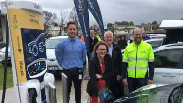 Western Power's Adam Leed, Collie Shire President Sarah Stanley, Member for Collie Preston Mick Murray MLA and Synergy CEO Jason Waters at the Collie fast charger launch.
