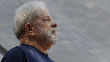 Former Brazilian president Luis Inacio Lula da Silva speaks to supporters before being jailed last year.