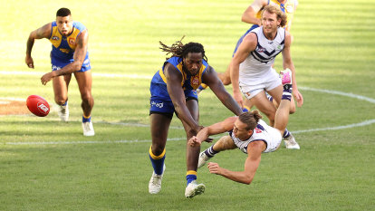 Eagles, Dockers fight to finish topsy-turvy AFL season on their terms