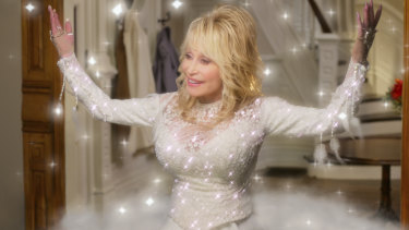 Dolly Parton in a scene from Dolly Parton's Christmas on the Square, on Netflix.