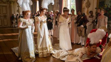 Nicola Coughlan as Penelope Featherington, Harriet Cains as Phillipa Featherington, Bessie Carter as Prudence Featherington and Polly Walker as Portia Featherington.