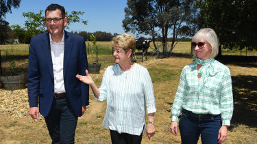 Premier Daniel Andrews visits his mother Jan with wife Cath in Wangaratta.