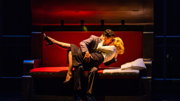 Protagonist Roger O. Thornhill (Matt Day) and femme fatale Eve Kendall (Amber McMahon).