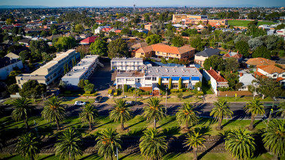 Stars align for the Essendon motel - the set of hollywood movie Blacklight