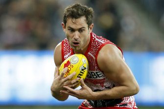 Former Swan and Cat Dan Menzel will play in the SANFL this year.