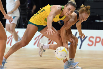 The Diamonds have bounced back spectacularly just 24 hours after a lethargic loss to the Silver Ferns to claim the second match of the Constellation Cup 45-36.