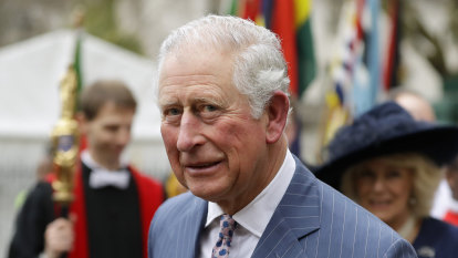 Royals can't rule out link between Australian dinner and Prince Charles infection