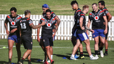 Warriors players train at their quarantine base in Tamworth on Tuesday.