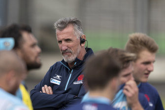 Rob Penney watches on at NSW training.