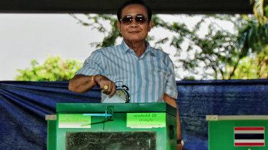 Prayut Chan-o-cha casting his vote on Sunday.