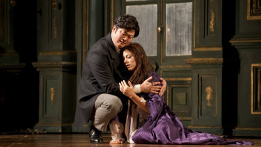 Corinne Winters and Yosep Kang in Opera Australia's La Traviata.