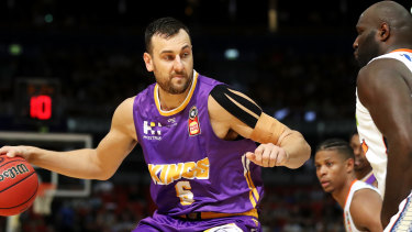 Andrew Bogut playing for the Sydney Kings in 2019.