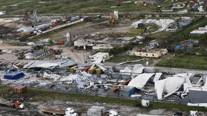 Cyclone Idai toll rises as authorities race to beat malaria, cholera