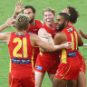 Dominant Suns stun the Crows