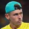 De Minaur remains perfect in tennis return