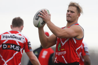 Jack de Belin has been included in the Dragons' bubble despite his court case being delayed.