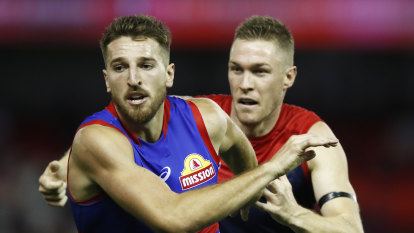 No blockbuster for Bulldogs as AFL counts lockdown cost