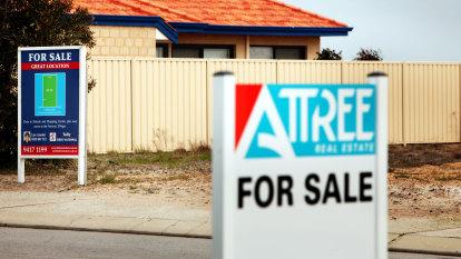 Banks prepare for lending restrictions as investors dive into market
