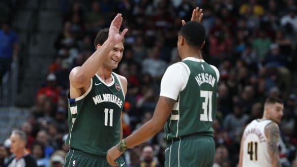 Bucks, Trail Blazers, Rockets win in NBA