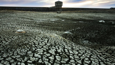 Lake Pejar, one of the main water sources for Goulburn, is drying up.