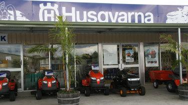 Husgvarna has 343 dealers in Australia distributing power tools and gardening equipment.