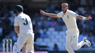 All-too-familiar sight: Stuart Broad celebrates dismissing Dave Warner during day four of the fifth Test at The Oval.