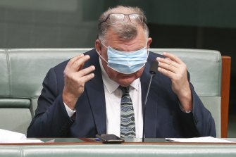 United Australia Party MP Craig Kelly has distributed misleading information on COVID-19 vaccines, the TGA says.
