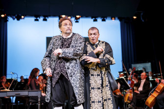 Warwick Fyfe sings Doctor Bartolo, with Paolo Pecchioli in the bass role of Don Basilio.