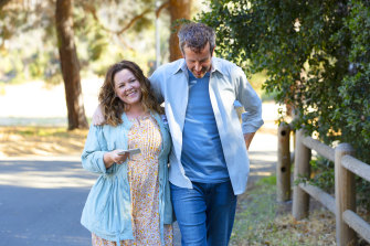 Melissa McCarthy and Chris O'Dowd in The Starling.